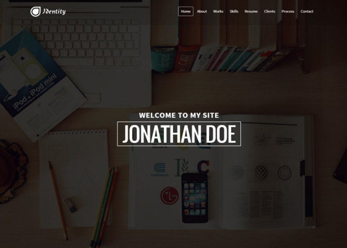 Identity – Premium Responsive Personal vCard CV Portfolio WordPress Theme